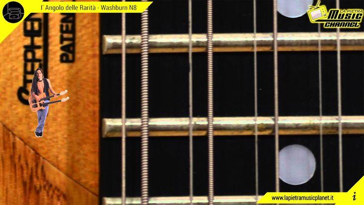 Se si parla di rarità, bè questa lo è di brutto! Realizzata in stock limitato questa perfetta chitarra scenica è la fusione dei suoni anni 90 del grandissimo Nuno Bettencourt e dei suoi Extreme.