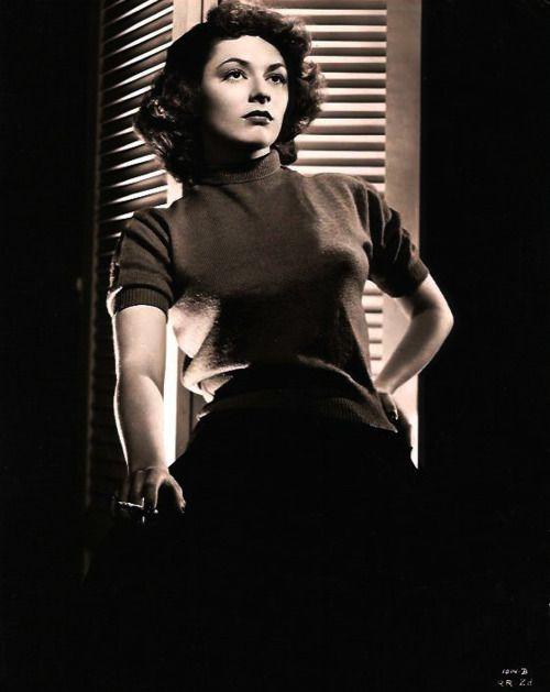 Film Noir's 10 Most Dangerous Leading Ladies | IndieWire