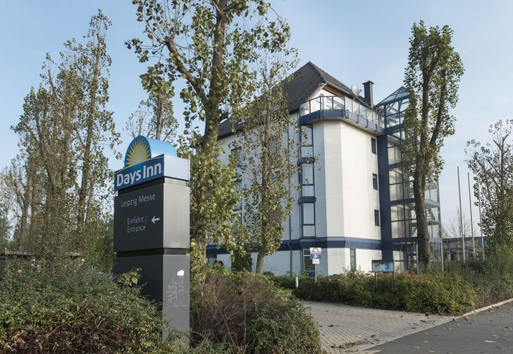 Situated in the north of the city of Leipzig, only a few minutes from the exhibition centre, the Days Inn Hotel Leipzig Messe offers everything the business traveller or holidaymaker could wish for. Amenities include 54 guest rooms, a breakfast restaurant, a hotel bar and a sauna.