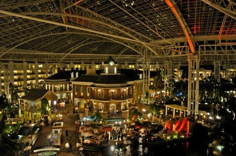 3 Things You Must Do When Visiting The Opryland Hotel In Nashville | The Fun Times Guide to Franklin/Nashville, TN