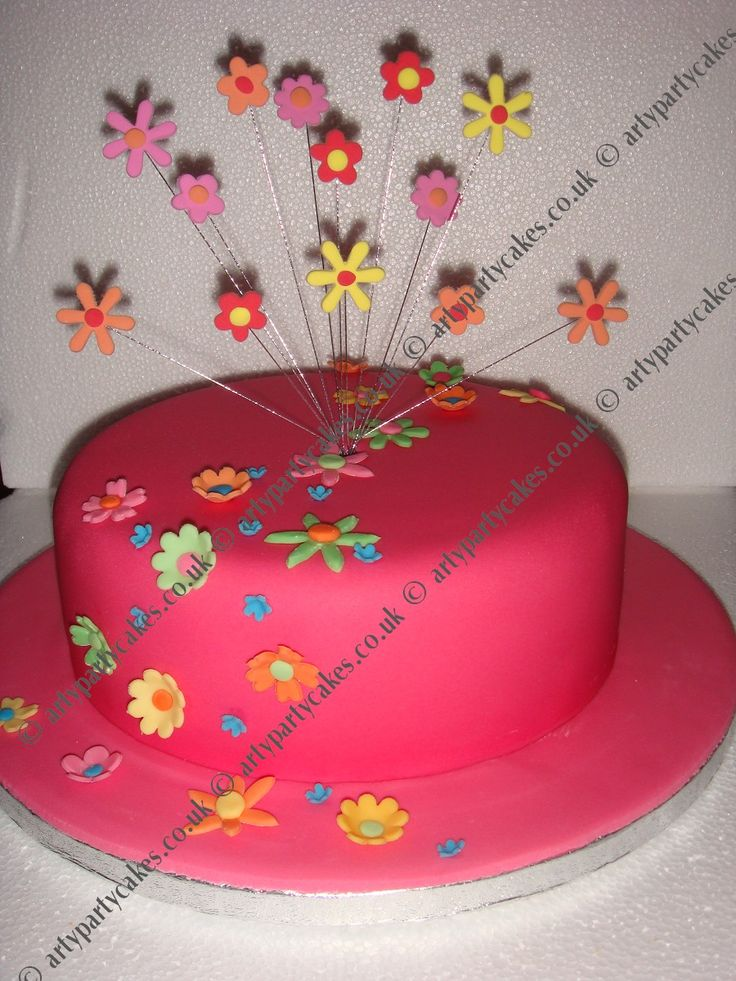 Birthday Cake Ideas For Teenage Girl : Best 20+ Cakes for teenagers ideas on Pinterest Makeup ...