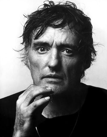 dennis hopper. GREAT photo - captures the manic side perfectly. fantastic actor.