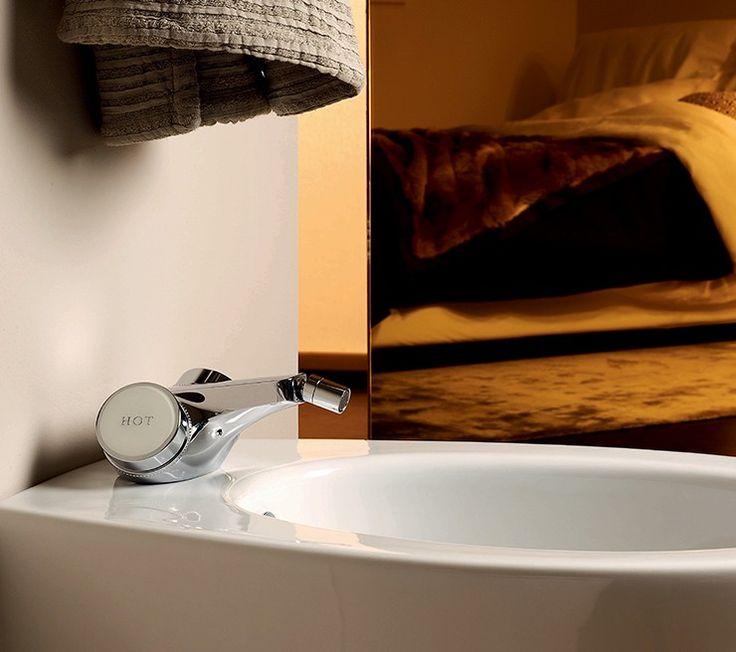 Monoforo bidet Savoy di Zucchetti - TaniniHome.com - the first luxury interior design online shop