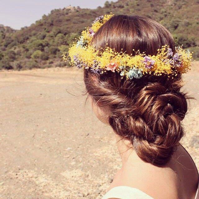 Corona de flores, Lolita París