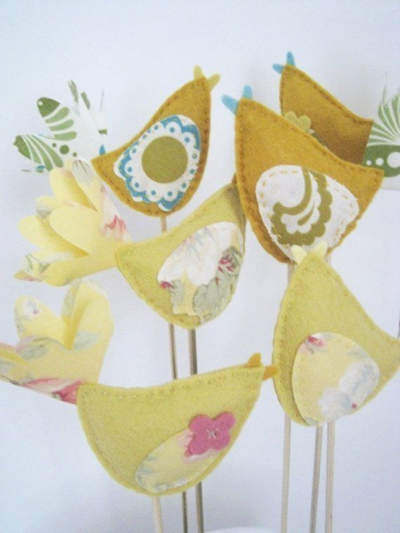 Cake toppers - felt/fabric. - absolutely LOVE these!