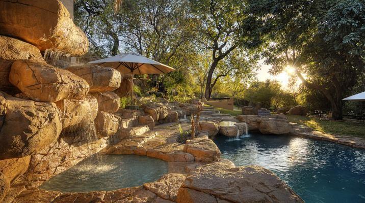 Chobe Game Lodge i Botswana - kølig pool