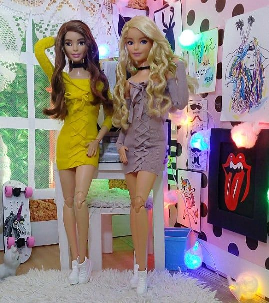"2,339 curtidas, 42 comentários – Barbie 🎀 #Fitnessdoll (@barbie_colllector) no Instagram: ""Sunday, day to have fun with the bestie !!💃💃😛 . . . #ootd #stylish #styles #trend #barbiestyle…"" – Nilgün Avcı Hüsmenler"