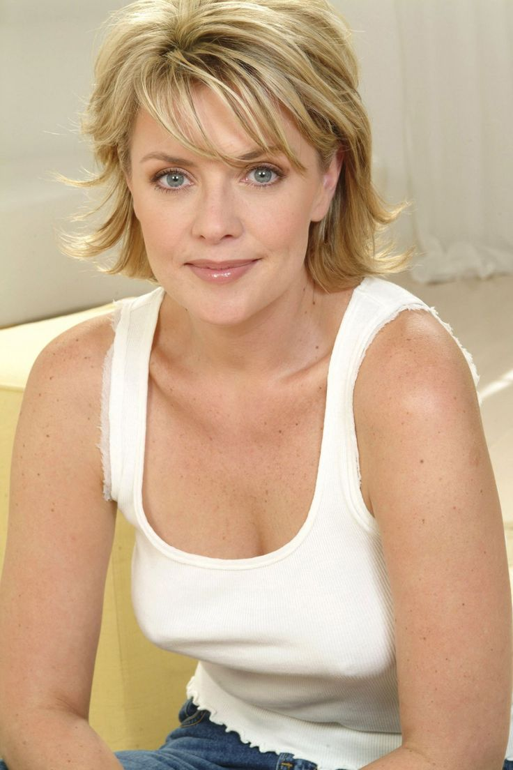 Amanda Tapping...cute hair