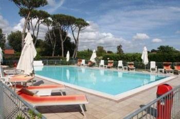 Hotel Vendita Hotel Lido di Camaiore Hotel con piscina