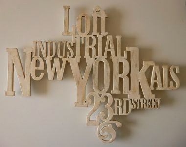 1000 images about decoration murale typographie for Deco murale new york couleur