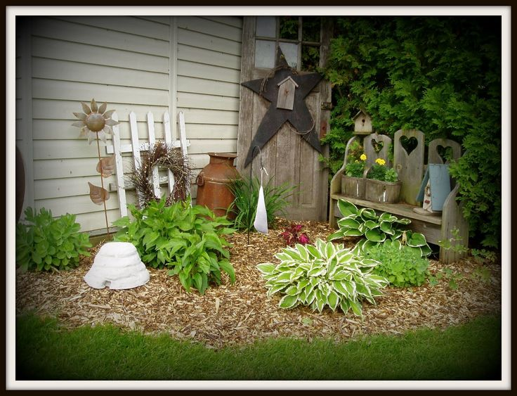Garden gardening pinterest gardens planters and for Rustic outdoor decorating