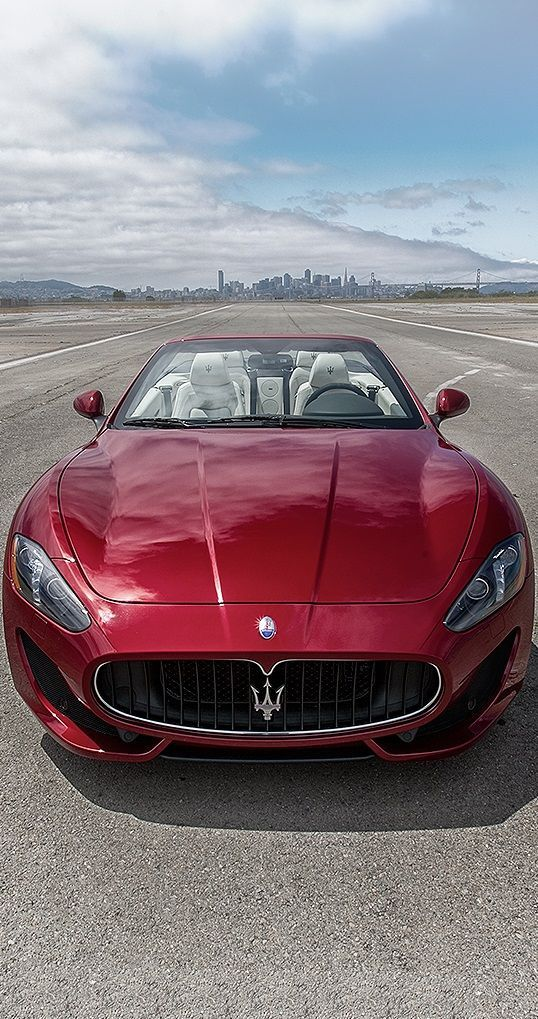 Maserati GranTurismo convertible - There's nothing classier.