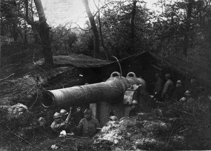 "WWI covered live on Twitter: ""Near Forthem,Belgium,11 May 1916.French 240 mm gun that destroyed German gun bombing Dunkirk https://t.co/h8NEKJ2UUk https://t.co/0t0BLMyEel"""