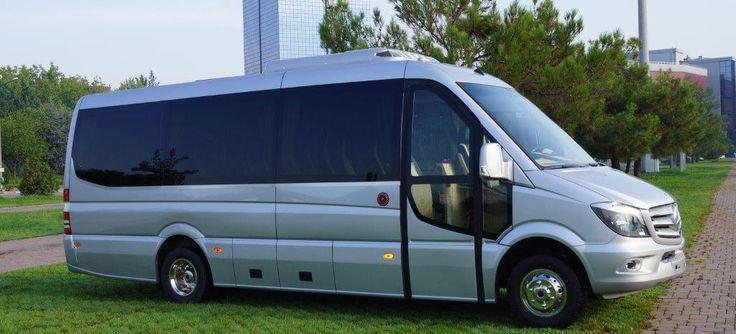 La location de minibus : le charme et l'élégance http://www.autocarsjames.com/location-minibus/