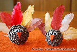 Kid craft - Pinecone Turkey