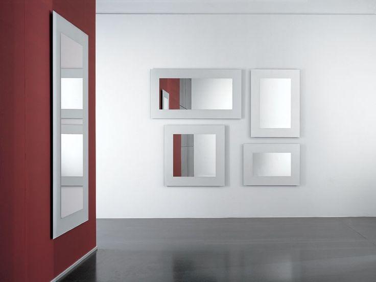 Immagine di Boston, specchi con cornici decorate