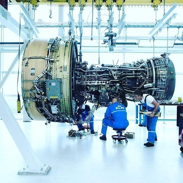 Jet engine assembly  #biims_official #jet #engine #turbo #turbine #design #mechanism #factory #university #handbook #book #industry #assembly #manufacturing #quality #hot #speed #mechanical #engineering #college #company #standard #GE #Siemens #fantastic #fascinating #huge #mechanics #technology
