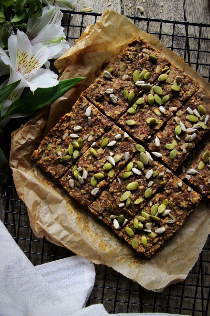 High Fibre Malty Breakfast Bars (healthy & super delicious)