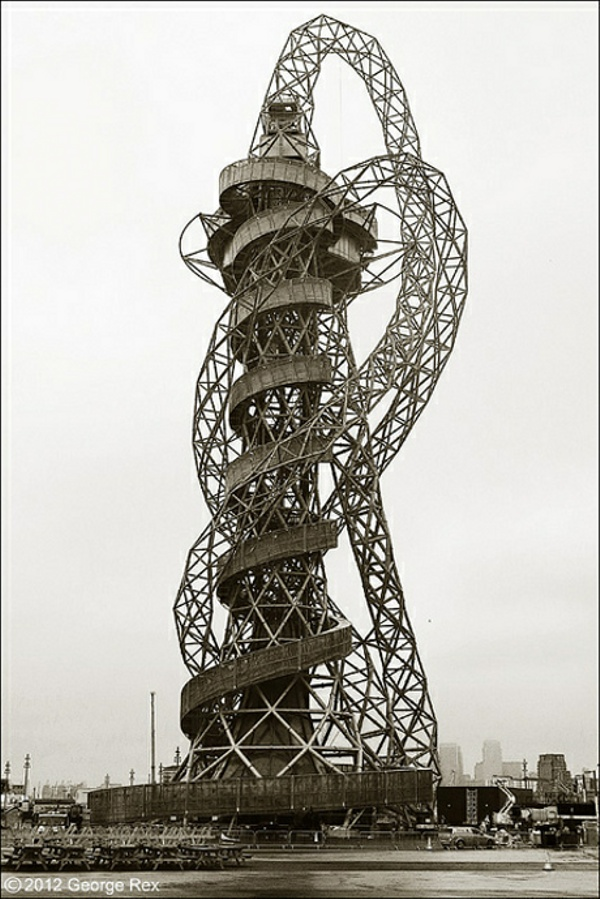 The Orbit Observation Tower | Olympic Park London | Kapoor and Balmond... Uhhhh , NO .