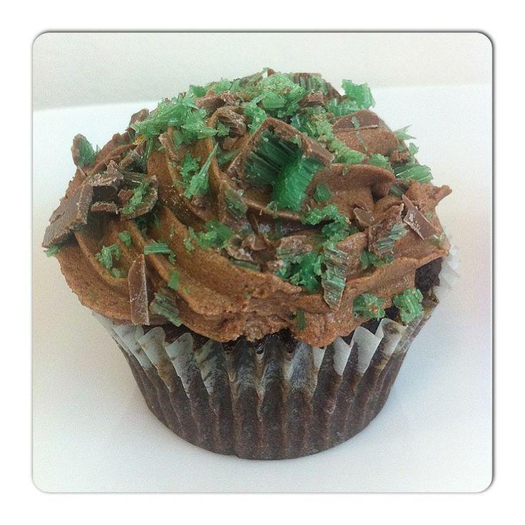S & M Cupcakes: Peppermint Crisp Cupcakes