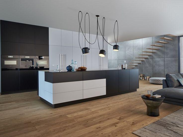 ... Brummel Luxus Interieur. Küche Mit Holzboden 9 Bilder \ Ideen Von Küchen  Mit Parkett Und   Designer Kuche Aus