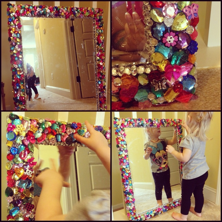 Old vanity mirror covered with plastic jewels  buttons and various sparkly  pretty things for myThe 25  best Old vanity ideas on Pinterest   Diy makeup vanity  . Diy Vanity For Little Girl. Home Design Ideas