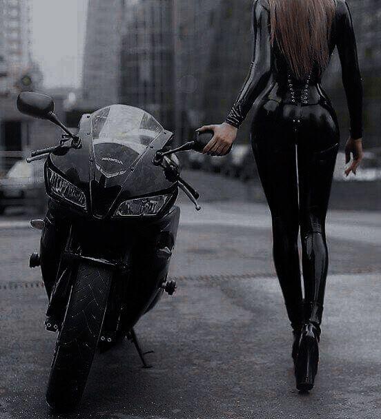 motor girls   Motorcycle girl, Motorcycle, Girl