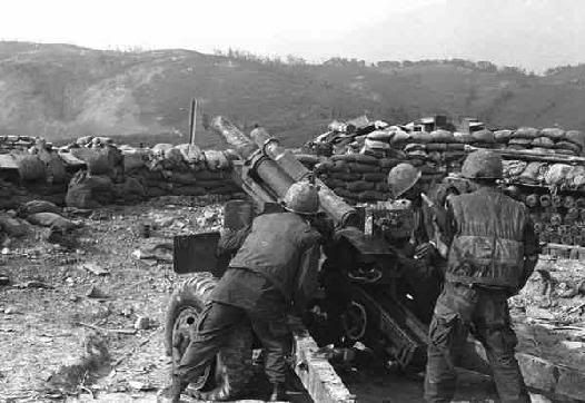 US Marines man an artillery position during the siege of Khe Sanh, Vietnam, January-April 1968.