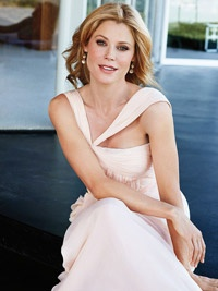 We love Julie Bowen! (and Modern Family)