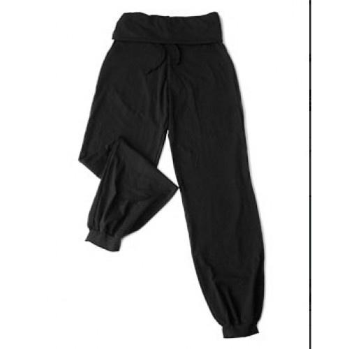 Le Papillon pant 7PA3251  Le Papillon pant, flip-over band.  Material : Cotton  Colour : Black, Burgundy  Price: 28.00€