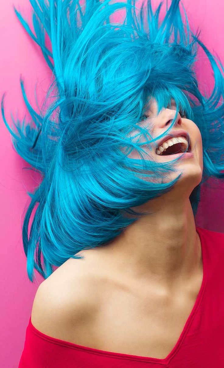 Neon blue hair color from Iroiro Natural SemiPermanent