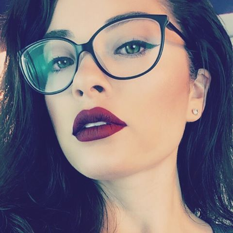 latina glasses