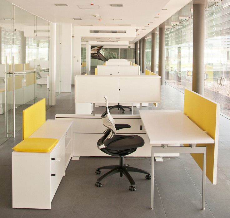 Antenna Workspaces with Generation by Knoll
