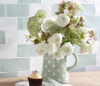 Laura Ashley Artisan White setting