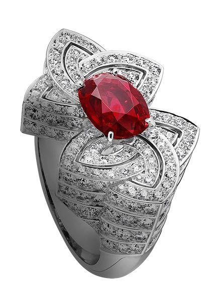 Louis Vuitton sito ufficiale   bellezza finale che vanta Alta Gioielleria Collection - gioielleria