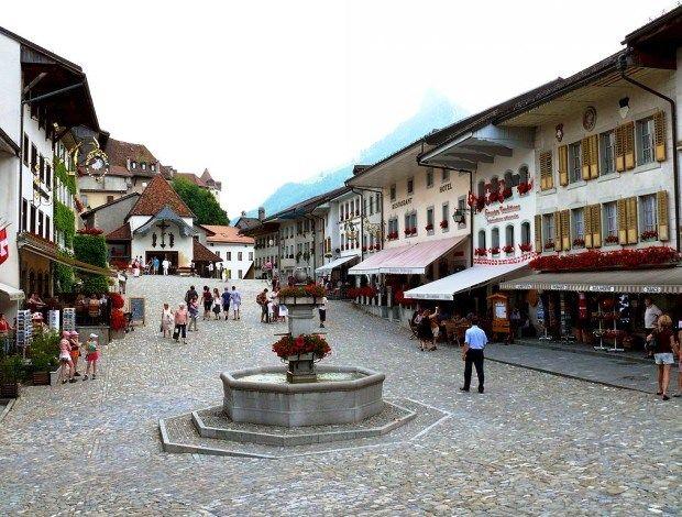 Zamanda dondurulmuş gibi duran Avrupa'nın en güzel 10 köyüne biz de bir göz atalım bakalım!