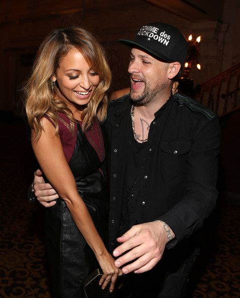 Nicole Richie & Joel Madden - fav Hollywood couple.. way too cute!