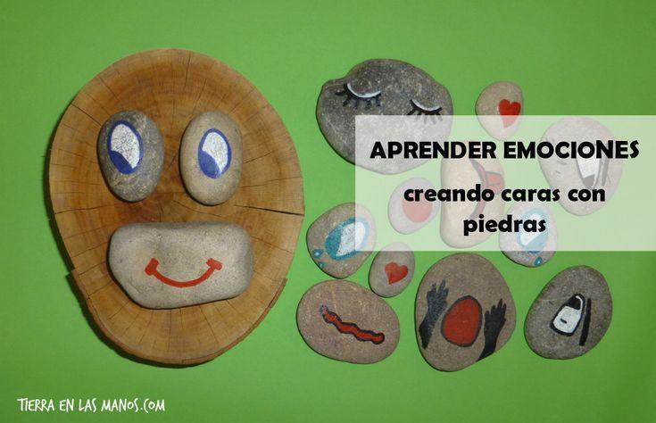 Aprender sobre emociones creando caras y expresiones faciales con piedras dibujadas. Es muy divertido hablar de temas serios de esta forma. ;-)