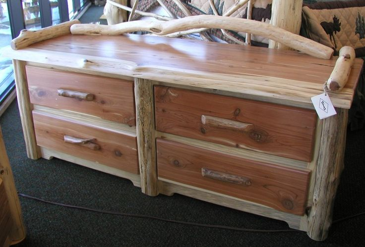 Red Cedar Log 4 Drawer Sit Chest Log Furniture