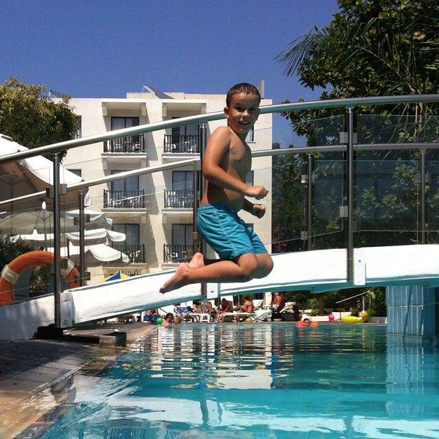 Jump! #AnemiHotel #Folegandros Photo credits: @aleka_888