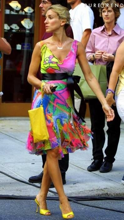 Street style: bright dress!!!! Oh yess!!!
