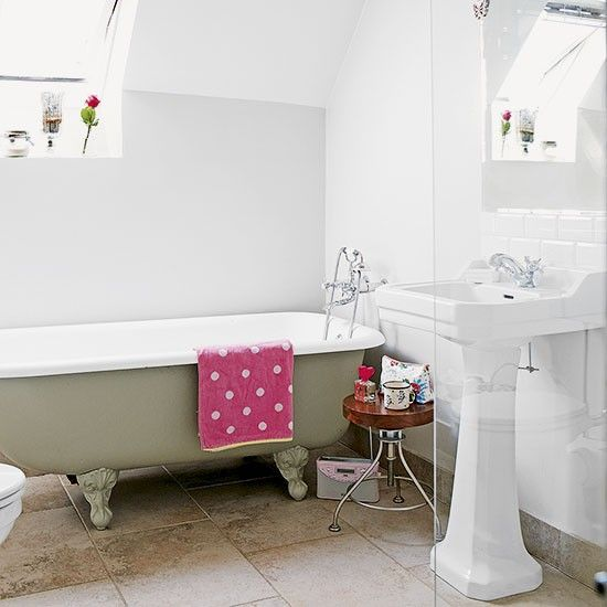 White country bathroom   Decorating