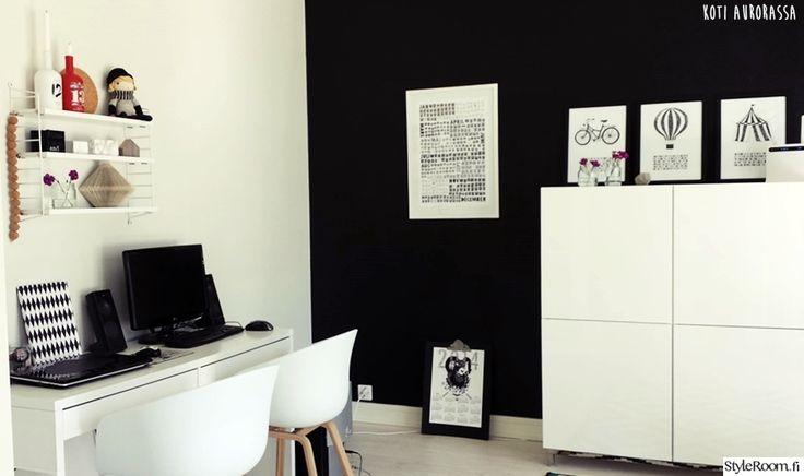 """""""johannaliina""""n ja hänen miehensä työhuone on täynnä kivoja yksityiskohtia, jotka piristävät ja inspiroivat työpäivää.  #styleroom #inspiroivakoti #tyohuone #yksityiskohtia"""
