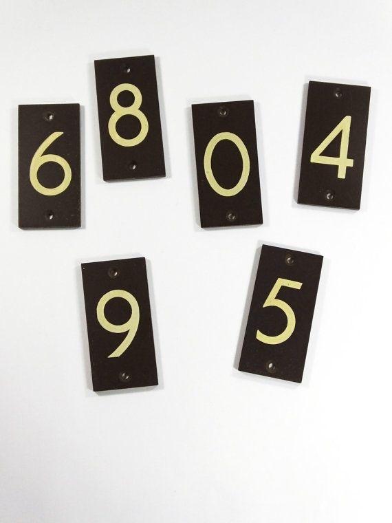 Gorgeous brown Bakelite door stencilled numbers - 1930s - vintage shop sign plaque plate