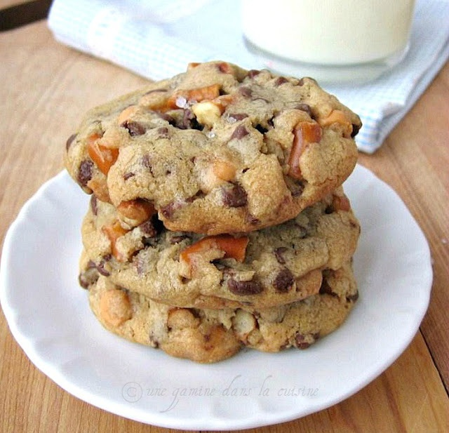 Butterscotch chips & pretzels in a salted chocolate chip cookie