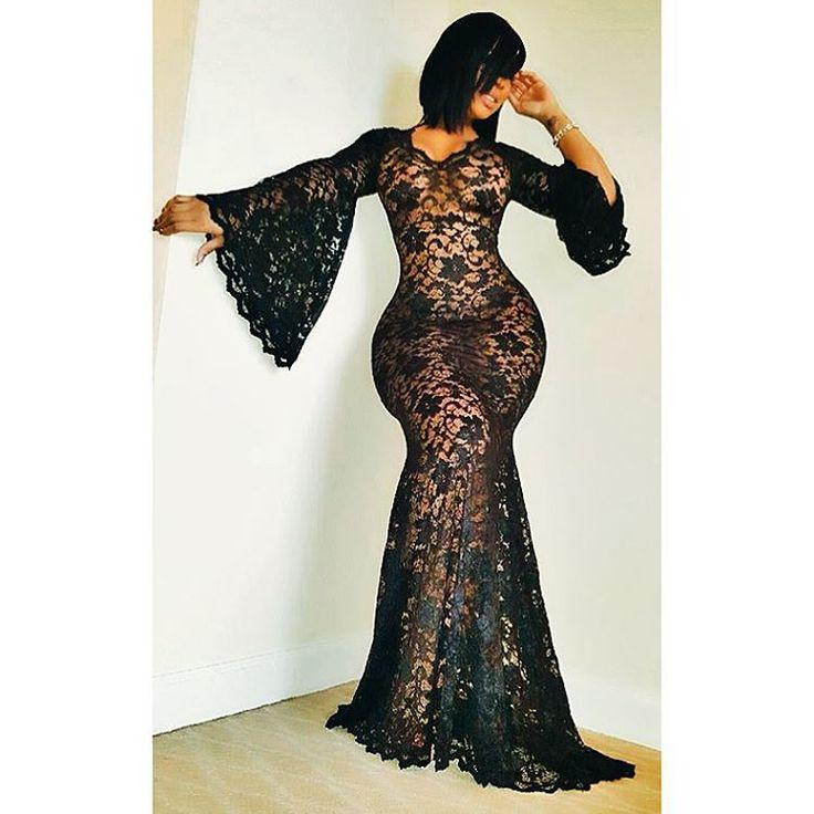 Queen Deelishis....@KaptainKash   She's so fyn ...