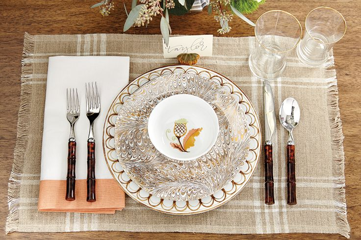 Thanksgiving-inspired placesetting with metallics and neutrals.