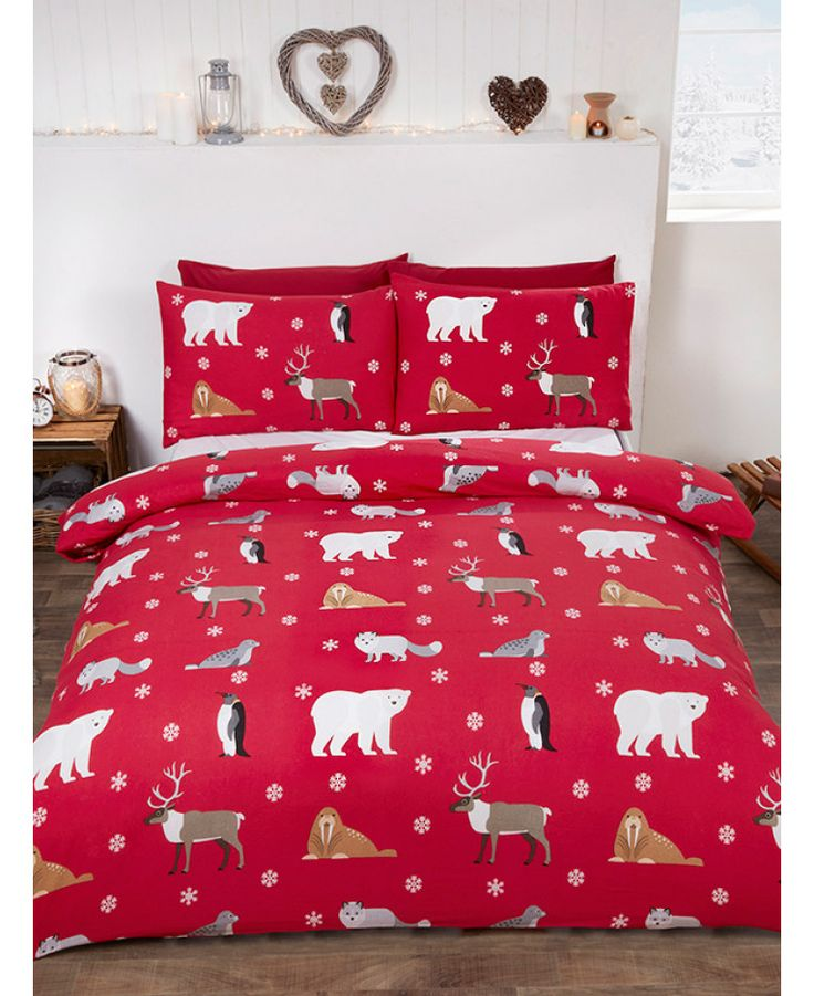 This adorable Winter Animals Brushed Cotton Single Duvet Cover Set will add a touch of festive fun to any bedroom this Christmas! Free UK delivery available