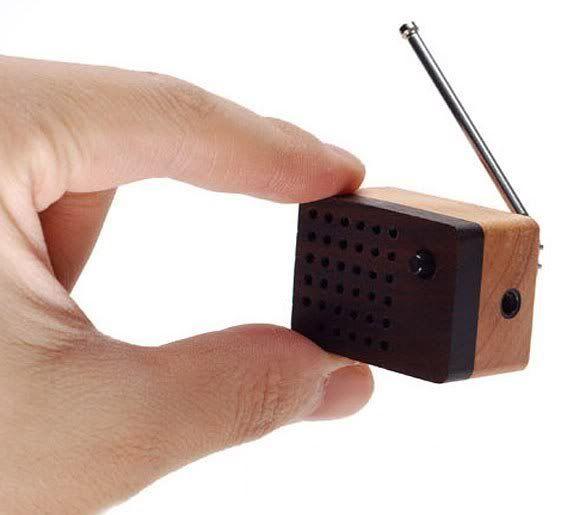 Motz – O pequeno polegar dos rádios FM (com vídeo)