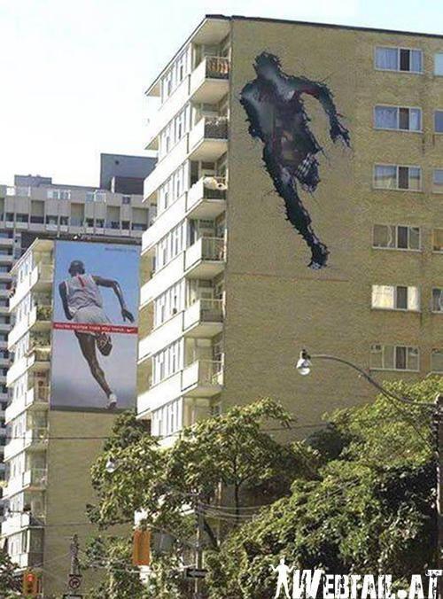Runner ad.